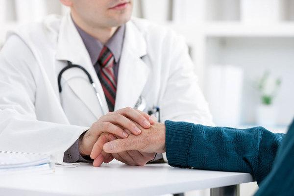 Професор Лончина: «Медицина – це не математика, у якій є лише одна відповідь» doctortap.com.ua