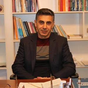 Elçin Sultanov hekimtap.az