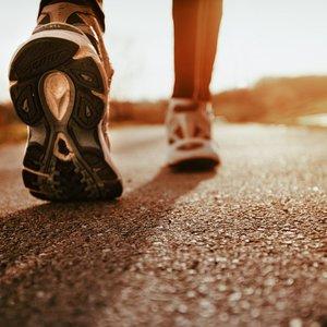 Чому прогулянка є найбільш популярним різновидом фізичних вправ?  doctortap.com.ua